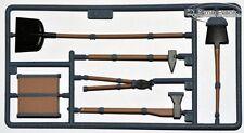 PANZER TIGER I KUNSTSTOFF Werkzeug Set  Schaufel HENG LONG 1:16
