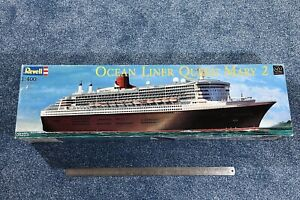 Revell 1:400 Queen Mary 2 kit #05223 - Sealed