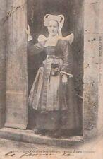 """Carte Postale ancienne 1900's Coiffes Bretonnes Pont Aven """" Finistère """""""