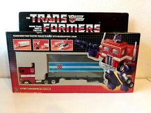 OPTIMUS PRIME NEW IN BOX COMPLETE TRANSFORMER HIGH GRADE