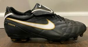 Nike Tiempo soccer cleats US Mens Size 12 366180-018 BRAND NEW -- Black