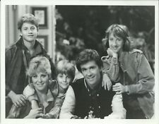 GROWING PAINS SEAVER FAMILY CAST ORIGINAL 1985 ABC TV 7X9 PRESS PHOTO WITH NOTE