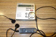 MD Sony r70 Minidisc Player Recorder + TELECOMANDO (405) + ALIMENTATORE