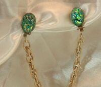 WOWZA Blue Foil Art Glass Vintage 60's Gold Tone Chain Sweater Clip 11D9