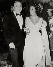 Elizabeth Taylor Press Photo 1974 Gene Kelly That's Entertainment! Stamped VTG