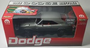 1/18 1969 DODGE DAYTONA BRIGHT SILVER WITH RED  WING  1 OF 500