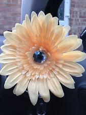VW beetle large peach daisy gerbera & gem centre dash board bud vase flower