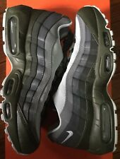 Nike Mens Air Max 95 Essential 749766 302 Size 8.5 Cargo Khaki Olive