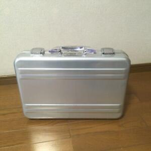 Zero Halliburton Attache Case Silver