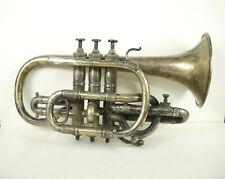 Bugle années 1910-1920 en Maillechort arabesques instrument de musique saxhorn