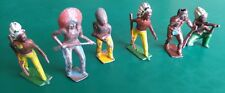 Vintage Lead Soldiers Britains Indians. Wild West.