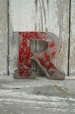 FANTASTIC VINTAGE STYLE METAL 3D RED R LETTER FONT SHOP SIGN WALL PLAQUE
