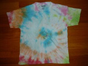 Gildan Multi-Color Spiral Tie-Dye T-Shirt Size Youth M