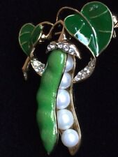 "GREEN PEARL VEGETABLE FRUIT SALAD SNAP PEA POD VINE PIN BROOCH JEWELRY 1.75"" 3D"