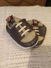 MINI MORBIDA PELLE Scarpe neonato baby pizzo design Boy Taglia 0-6 mesi