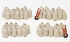 Maquette HO 1/87 Preiser 17102 - 60 Sacs