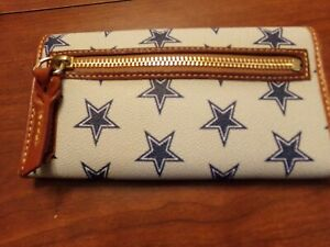 Dooney and Bourke NFL Dallas Cowboys Cont Clutch