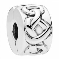 Knotted hearts PANDORA Charm Clip 798035
