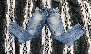 Versace 19-69 Abbigliamento Sportivo SRL Milano Italia Jeans 32 ×32 Acid Wash