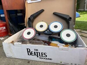 The Beatles: Rock Band - Limited Edition (Wii, 2009) Bundle