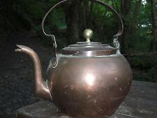 Bouilloire en cuivre ancienne