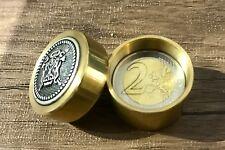 COIN THRU BRASS BOX MAGIC TRICK - 2 EURO VERSION CLOSE UP 2 EURO COIN MAGIC