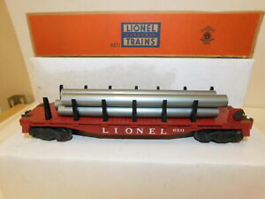 LIONEL 'O' POST-WAR 6511 FLAT W/PIPES (RED)