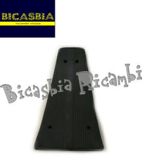 0708 - TAPPETO RIGIDO NERO CON RIGA CENTRALE VESPA 125 150 200 PX - T5 - LML