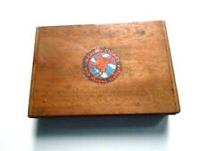 Small Wooden Manikin Cigars Box 14.5 x 3 x 10 CM