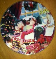 "Avon Christmas Dreams 2000 Porcelain Plate 8"" 22K Gold Trim-  Mike Wimmer"