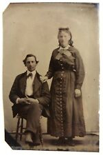 FERROTYPE Photo jeune couple homme assis dame debout G881