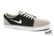 New Nike Satire Suede Men Skate Walking Shoes Size 9 (MSRP $120) 536404