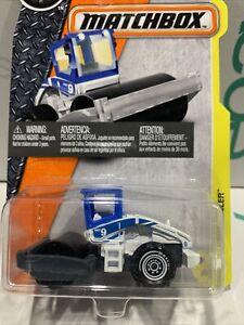 ROAD ROLLER #39/125  Blue Construction 2016 MATCHBOX metal case j/m HTF !!!!!!