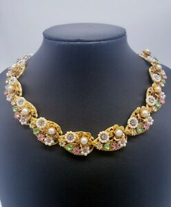 Vintage Faux Pearl & Multicolor Rhinestones Floral Necklace White Beads Chain