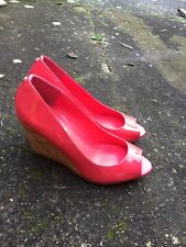 Dune Hot Pink Patent Leather Look Pink Peep Toe Coro Wedges Heels Size 5 B34