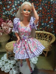 Barbie Doll 1978.  Blond Hair Twist and turn with 3 outfits and more