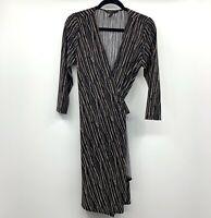 BCBGMAXAZRIA Jersey Wrap Dress Womens Size Medium Black White Printed V Neck