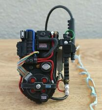 New listing Mezco One:12 Ghostbusters Proton Pack with stream 1/12