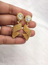 Beautiful vtg. Signed Swan Swarovski Crystal gold tone Pierce Earrings