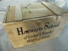 HARRY POTTER LARGE HOGWARTS SCHOOL RUSTIC WOOD CRATE STORAGE BOX & LID-FABULOUS!