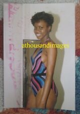 1980s Sexy Black Woman Amatuer Bikini Swimsuit Summer Fashion Candid CJ41