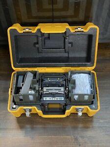 NEW Fujikura 70R+ Fusion Splicer Kit w/Cleaver, Battery, & Cord in Hard Case