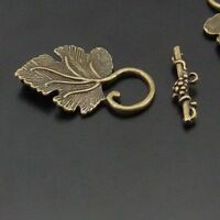 Antique style bronze tone leaf shaped toggle clasp jewelry findings 15sets