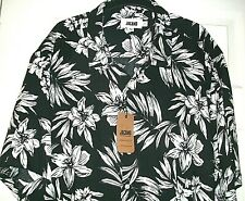New Jacamo Hawaiian Style Short Sleeved Shirt in Black / White Floral Size 2XL