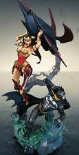 PS3 Xbox 360 - Injustice : Gods Among Us Statue (USA Version, Batman strangled)