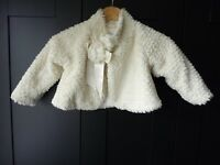 PIERRE CARDIN GIRLS FAUX WHITE FUR SHORTY JACKET - BEAUTIFUL QUALITY WITH BOW