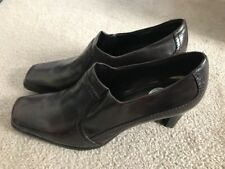 Donna Lawrence Low Boot Size 8 Medium