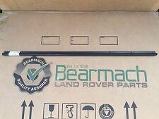 Bearmach Land Rover Defender 90 110 130 Anteriore Porta Inferiore GUARNIZIONE IN GOMMA-alr6250