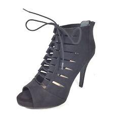 Fergalicious By Fergie Tahoe Women's Size 9.5 M Black Peep Toe Heel Boots.