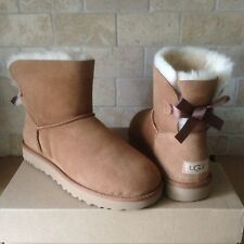 UGG MINI BAILEY BOW II CHESTNUT WATER-RESISTANT SUEDE BOOTS SIZE US 7 WOMENS